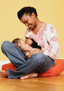 aa-woman-breast-feeding[1]